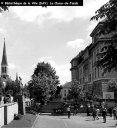la cour de récréation à l'arrière (au nord) du gymnase, côté rue du Progrès, pendant les années 1960, avant que les taggeurs ne sévissent (photo Fernand Perret)