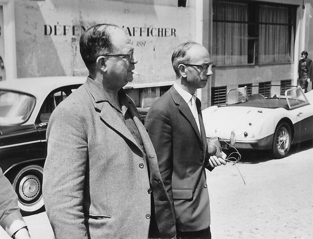 Jean Grieshaber et Jean Steiger sur la place de la Sorbonne - Paris juin 1963