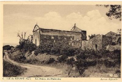les ruines du pénitencier du Grand Avis