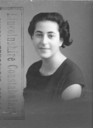 Margot en 1936, séjour en Angleterre