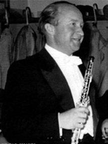 Edgar Shann, hautboïste